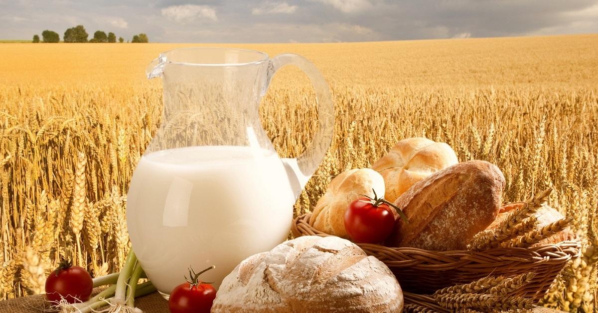 менее красивые картинки к дню сельского хозяйства далеко